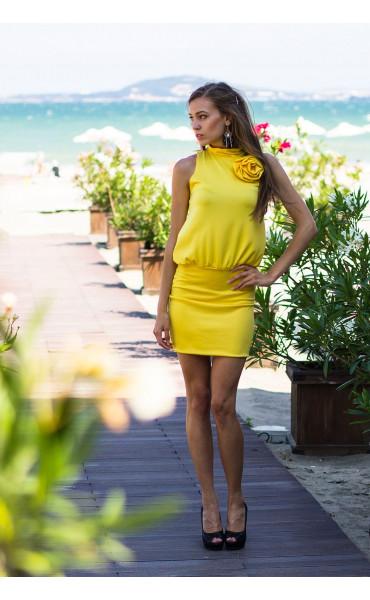 Свежа жълта рокля Флора