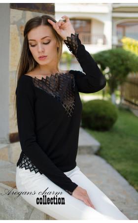 Блуза с кожена дантела
