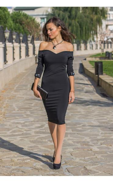 Кокетна черна рокля Селесте с панделка и отворено деколте_14259