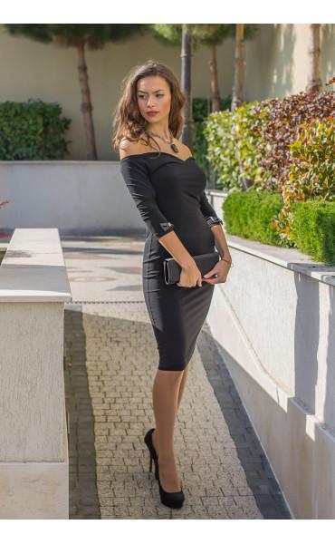 Кокетна черна рокля Селесте с панделка и отворено деколте_14261