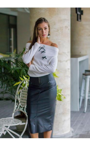 Бяла блузка от финно плетиво със сатенирани панделки ChiC_14321