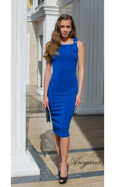 Елегантна класическа рокля в кралско синьо с цепка_14944