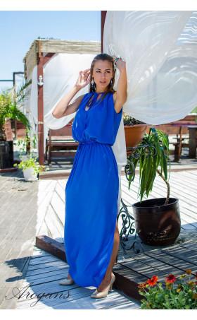 Дълга рокля в синьо