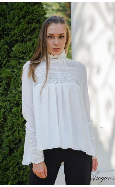 Спортно елегантна риза в бяло Caramel_15696