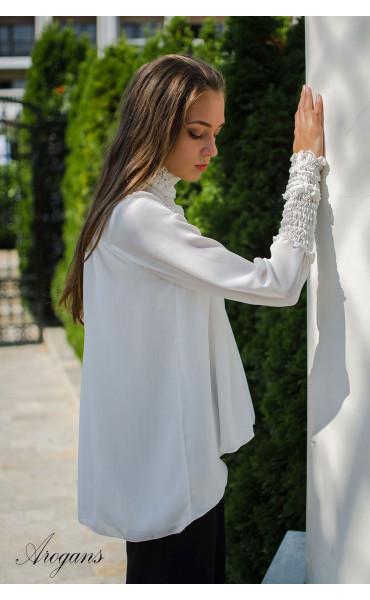 Спортно елегантна риза в бяло Caramel_15697