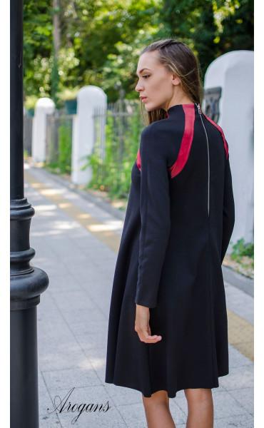 Ежедневна рокля с червени кожени акценти_15708