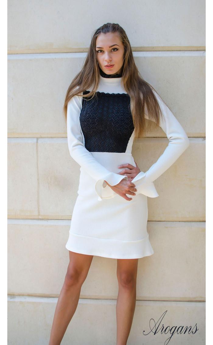 Елегантна бяла рокля Bijoux с дантела и широки ръкави