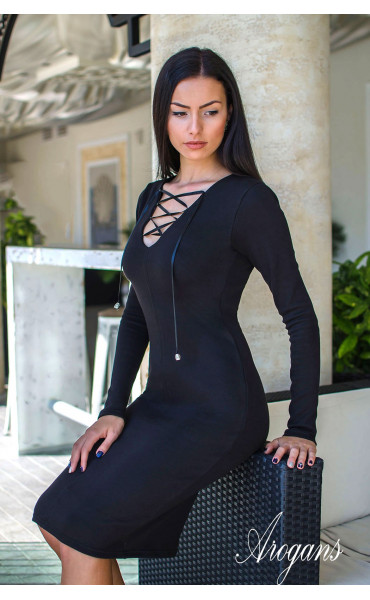 Черна елегантна рокля по тялото с връзки и отворено деколте