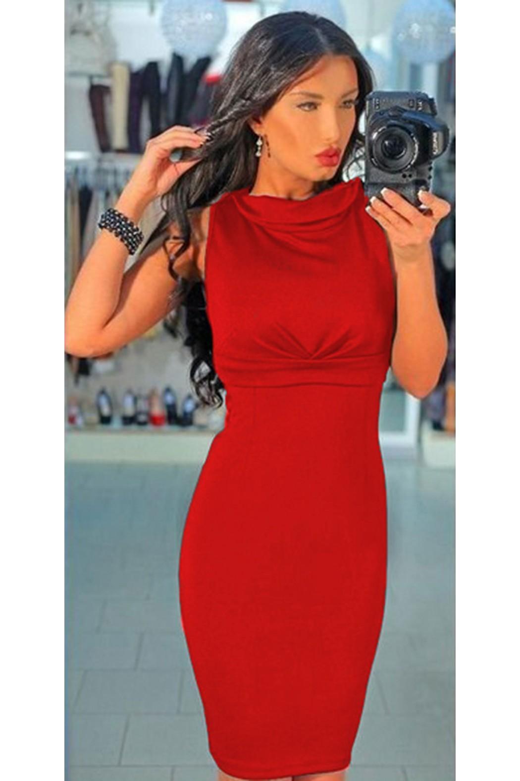 Изящна огнено червена рокля с дантелен гръб Мартина d5e1a1be4dc