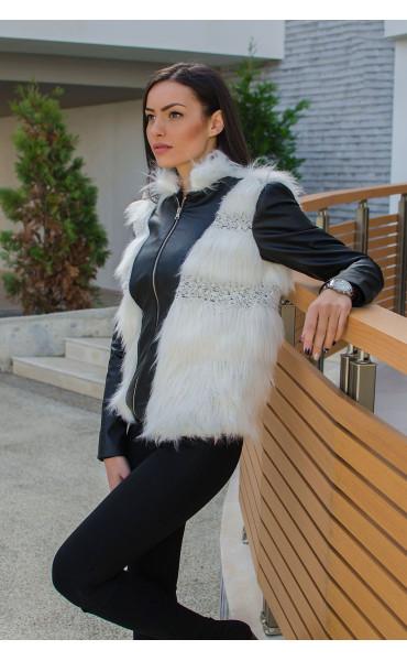 Късо черно кожено яке с бял изкуствен косъм и меко плетиво_15871