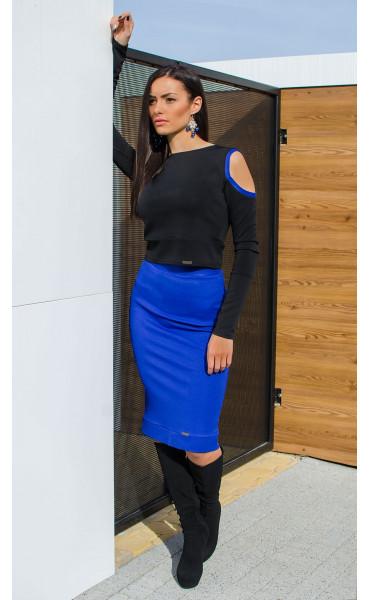 Спортно елегантна блузка със закачлив дизайн DK