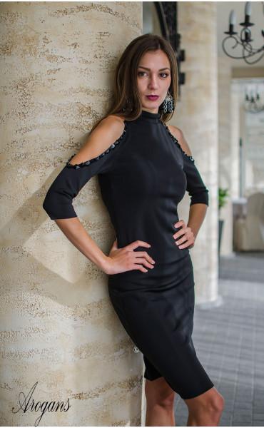 Официална рокля с отворени рамене нежно декорирани с черни камъни_16002
