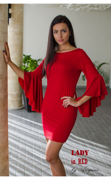 Червена елегантна рокля с прав силует и интересен дизайн на ръкавите_16049