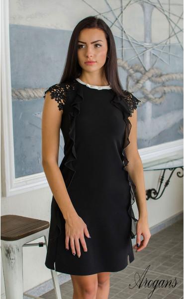 Елегантна черна мини рокличка от габардин с нежни детайли и кокетно декoлте_16051