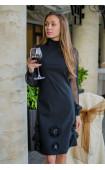 Елегантна черна рокля с атрактивен дизайн La Fleur