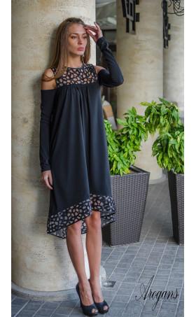 Официална рокля свободен силует с разчупен дизайн при ръкавите