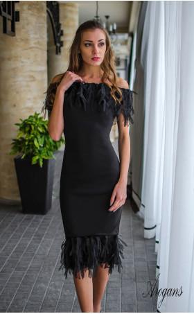 """Официална черна рокля с """"пера"""" от шифон Extravagansa"""