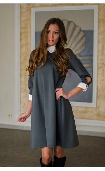 Елегантна свободна рокля с якичка и декорация_16338