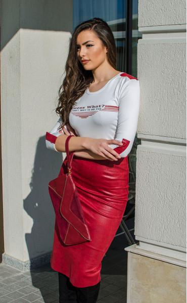 Кожена пола в малиново червен цвят_16430