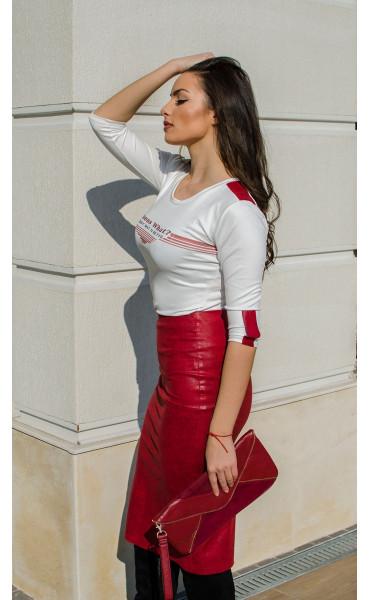 Кожена пола в малиново червен цвят_16451