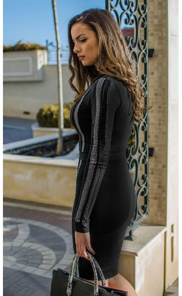 Елегантна рокля с ивици_16468