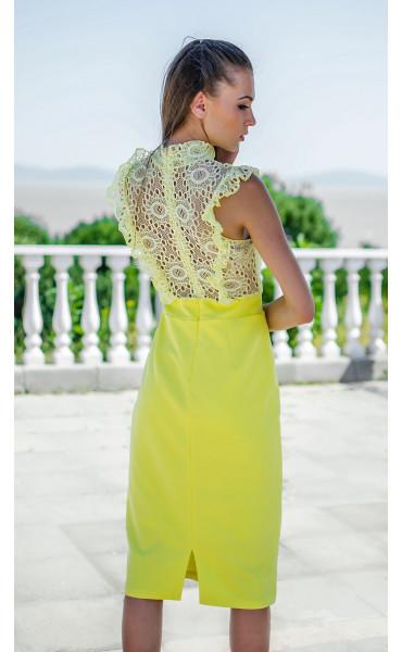 Елегантна рокля в наситен жълт цвят Sunshine_16818