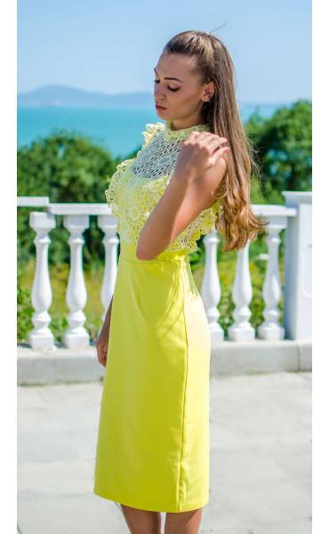 Елегантна рокля в наситен жълт цвят Sunshine_16819