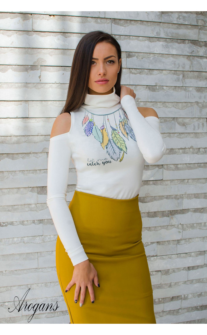 Модерна бяла блуза с акцентен принт Dream catcher