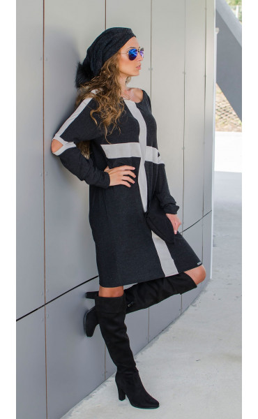 Спортна рокля със сиви акценти  Cross_17035