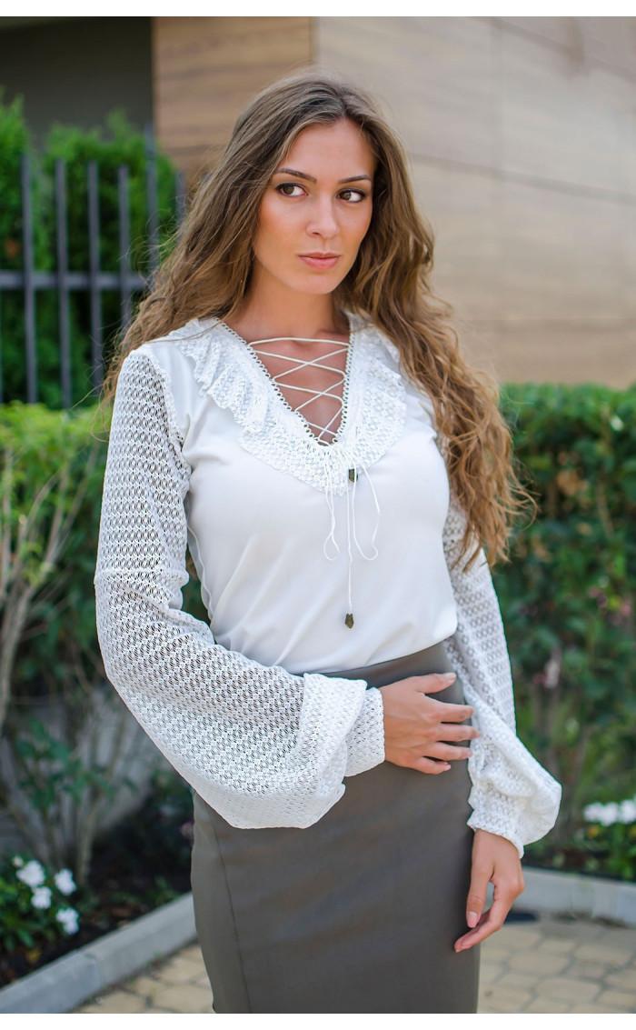Елегантна блуза в бяло Mari