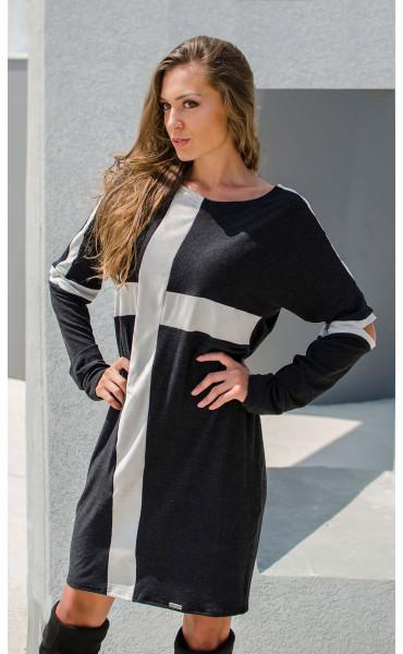 Спортна рокля със сиви акценти  Cross_17070