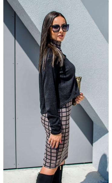 Къса асиметрична блузка от плетиво_17162