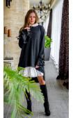 Интересна асиметрична рокля от плетиво с бяла якичка Виана