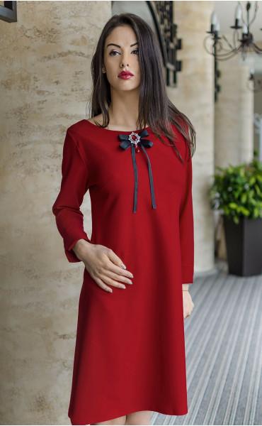 Елегантна делова рокля със стилна брошка Кармен_17797