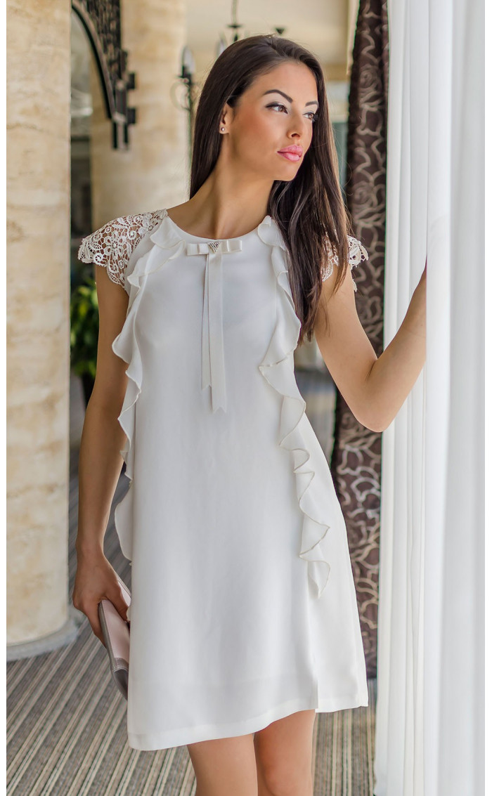 Нежна бяла рокля с къдри Валъри