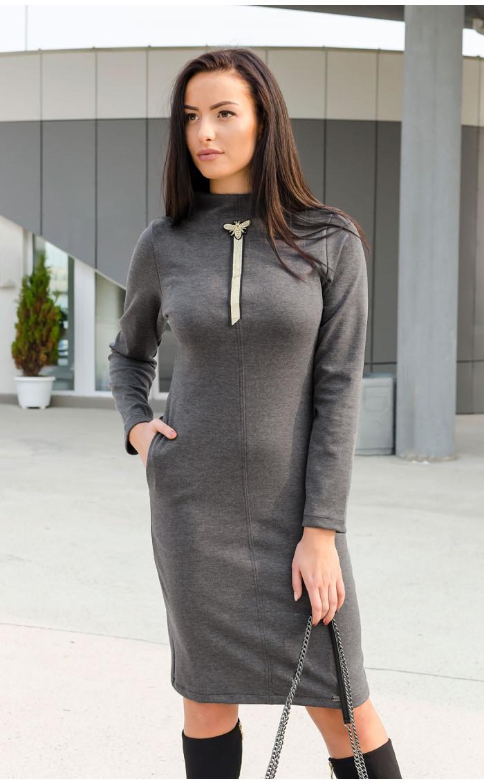 Сива рокля с кокетна апликация Bee