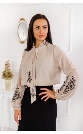 Стилна риза в цвят пудра с атрактивен принт