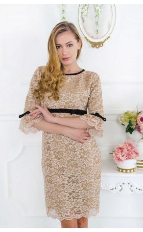 Вечерна дантелена рокля в бежов цвят Cappuccino