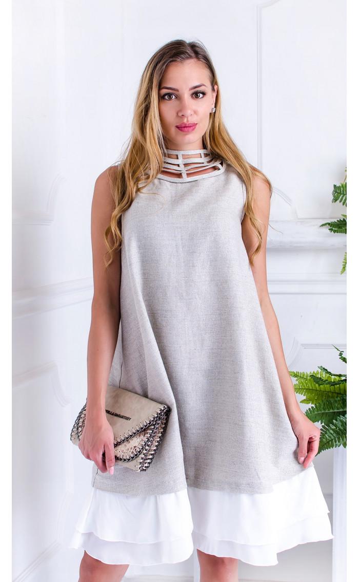 Ленена рокля с атрактивно деколте