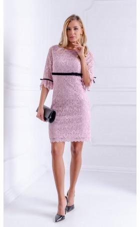Дантелена рокля в пепелно лилаво