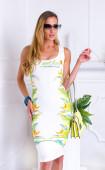 Бяла спортна лятна рокля с принт Lets get Lost