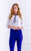 Елегантна блуза с лента от кадифе
