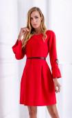 Червена елегантна разкроена рокля с плохи и брошка
