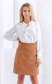 Елегантна бяла блуза от жоржет със свободен силует и широки ръкави